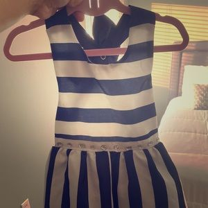 Girl dress perfect condition